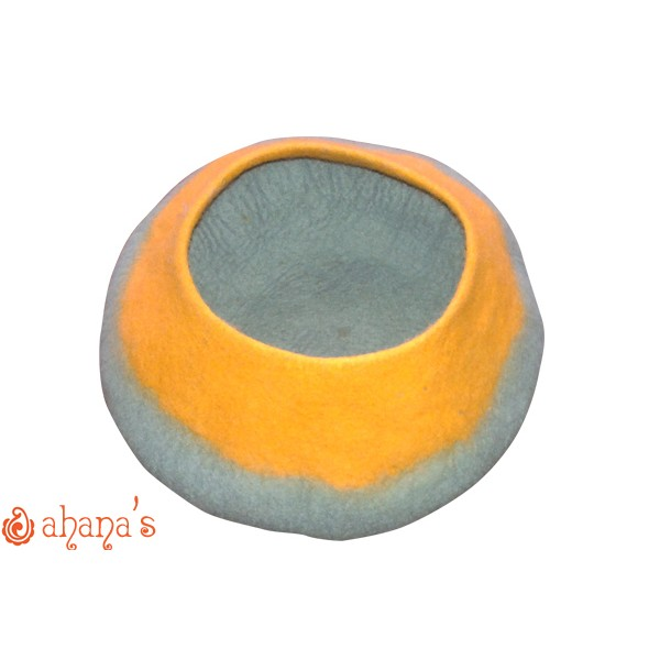 Nepal Felt Cat Cave Handmade in Nepal -  Cat Bed - Pet Bed - Puppy Bed - Cat House - 100% Wool - CA-031